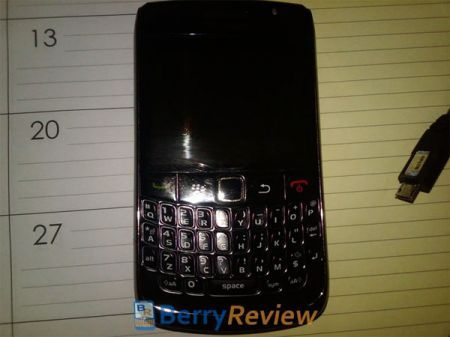 BlackBerry Curve 8910: simile a BlackBerry Atlas e successore di BlackBerry Curve 8900?