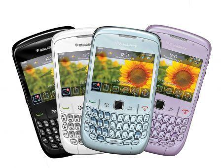 BlackBerry Curve 8520 si veste di primavera con nuovi colori