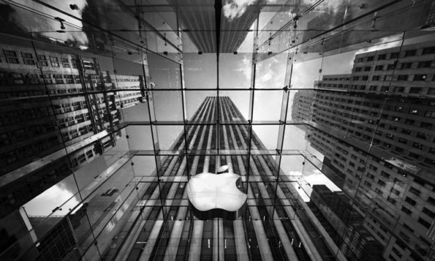 iPhone e iPad record, ma Apple perde colpi in borsa