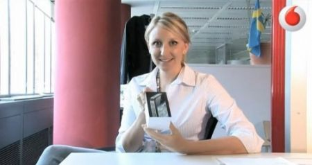 L'unboxing di iPhone 4 da Vodafone