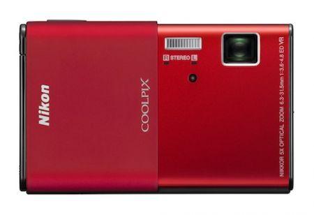 Nikon Coolpix S80: fotocamera touchscreen ultrasottile per Natale