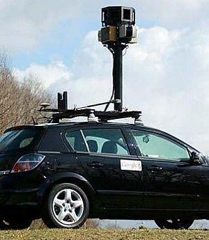 Google Street View avrebbe acquisito password, e-mail e dati personali per sbaglio