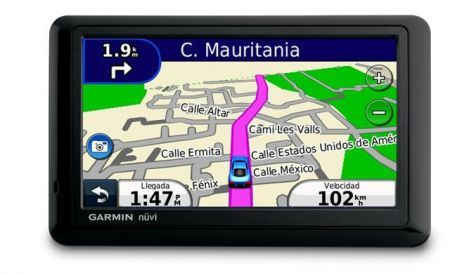 Garmin nvi 1440: navigatore GPS ultrasottile e touchscreen per Natale