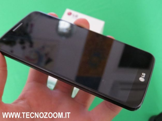 LG G2 hands on