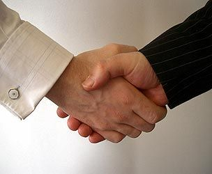 Accordo tra Parrot e HTC
