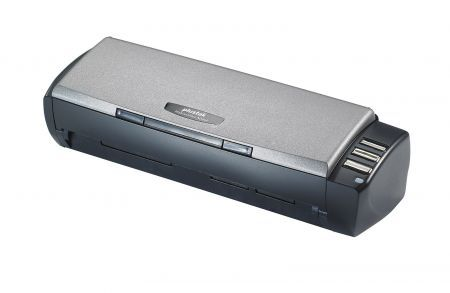 Plustek Mobile Office AD450: scanner portatile che digitalizza tessere plastificate