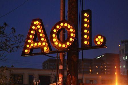 Yahoo, fusione con AOL per sfidare nuovamente Google e Facebook