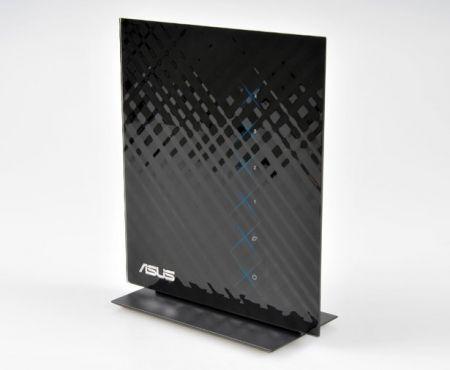 Asus RT-N56U al CeBit 2010: router HSDPA ultra sottile