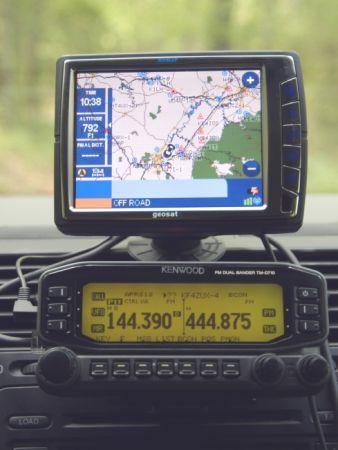 AvMap e Kenwood annunciano Geosat 5 Blu APRS, ed i radioamatori sono serviti