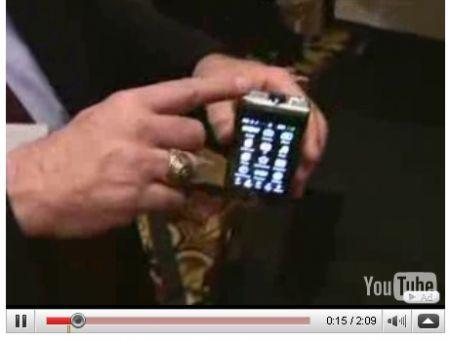 CES 2009: Samsung Anycall Show cellulare con micro video proiettore incorporato