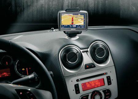 Il sistema di navigazione Blue&Me TomTom sbarca sulla nuova Alfa Romeo Mito
