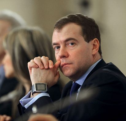 Il Presidente russo Medvedev indossa un LG Watch Phone