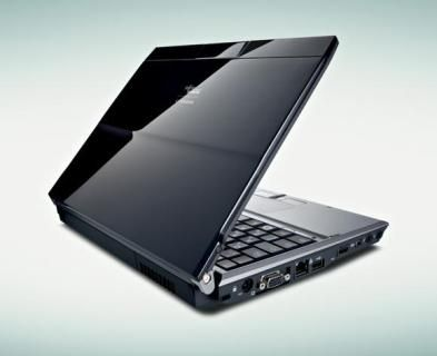 Fujitsu P8010 business notebook