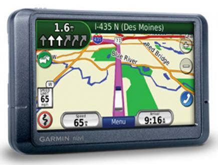 Garmin nvi 465T: navigatore GPS per i mezzi pesanti