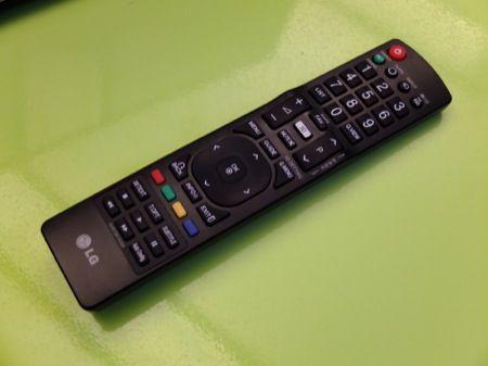 LG DM 2350, TV 3D ad alte prestazioni - 3