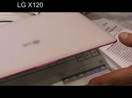 LG X120: netbook in mezzo a tanti smartphone