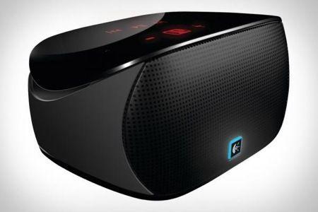 Idea regalo San Valentino: Logitech Mini Boombox, ovunque musica senza fili
