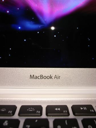 MacBook Air: GPS, GSM, 3G e prezzo sempre più accessibile per un netbook
