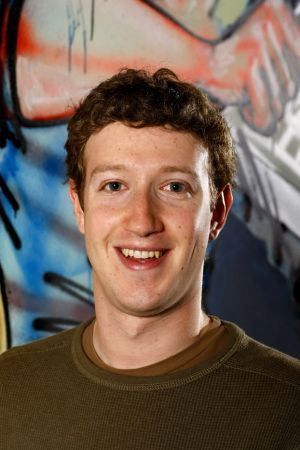 Facebook: Mark Zuckerberg perseguitato da uno stalker