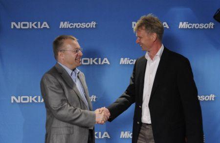 Nokia e Microsoft: siglato anticipatamente l'accordo definitivo