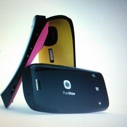 Nokia Lumia PureView forse in preparazione con Windows Phone 8
