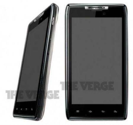 Motorola Droid RAZR, uno smartphone in kevlar