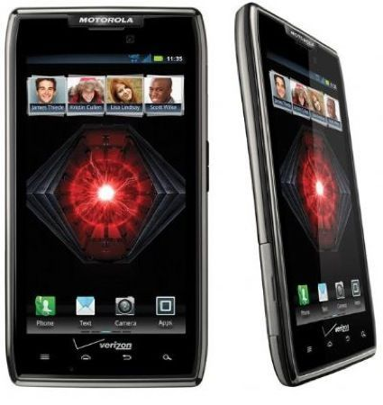 CES 2012: Motorola RAZR Maxx, arriva la super batteria