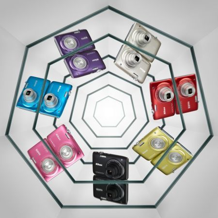 Nikon Coolpix S3100: fotocamera ultrasottile e colorata