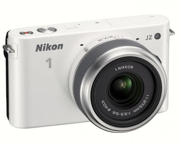 Nikon J2: fotocamera mirrorless tascabile [FOTO]