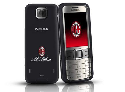 Il Nokia 7310 Supernova autografato da Ambrosini venduto all'asta per 797 euro