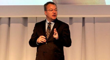 Elop: Nokia N9 unico MeeGo, ingegneri e consiglio d'amministrazione storcono il naso