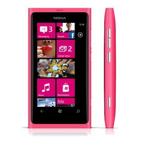 Festa della Donna, disponibile Nokia Lumia 800 magenta