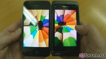 Nokia N8 vs iPhone 4: display Amoled CBD contro Retina Display