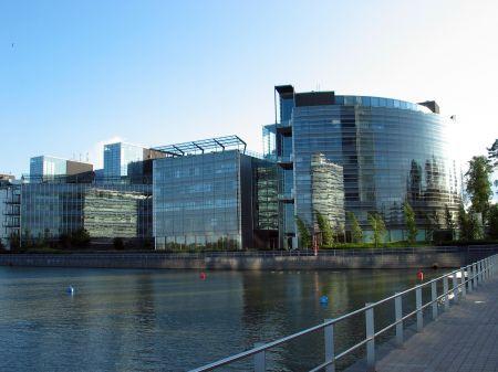 Nokia taglierà 800 posti di lavoro in Finlandia