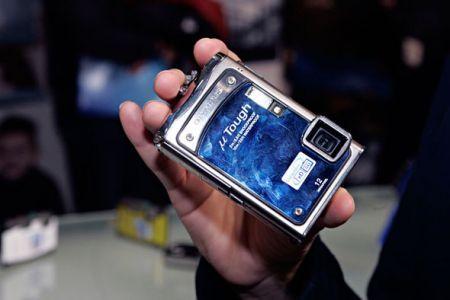 Olympus mju-Tough8000: fotocamera compatta che resiste ad urti ed intemperie