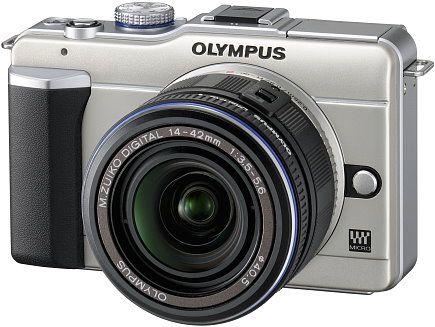 Olympus E-PL1: fotocamera compatta retrò come idea regalo