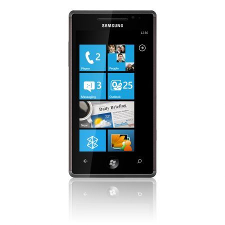 Samsung Omnia 7 GT-I8700: Windows Phone 7 con display super Amoled