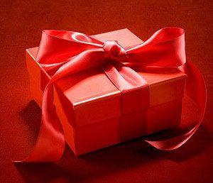 Regali di Natale: iPhone e iPad gli oggetti più desiderati del Natale