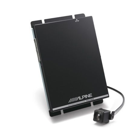 Nuove videocamere per retromarcia Alpine, manovre in piena sicurezza