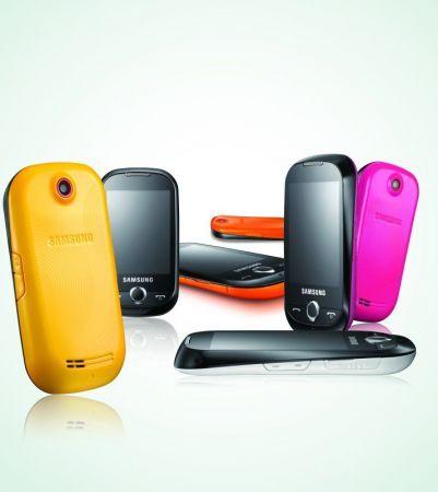 Samsung Corby S3650: full touchscreen per i giovani di Facebook e non solo