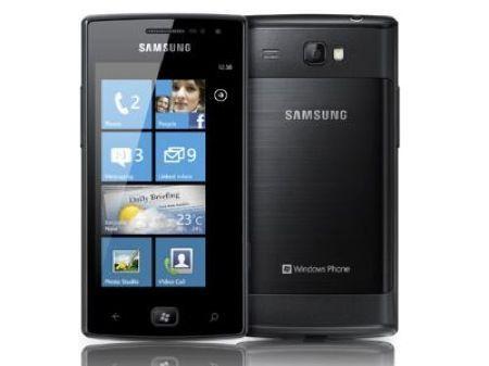 Samsung Omnia W, smartphone con Windows Phone 7.5 Mango