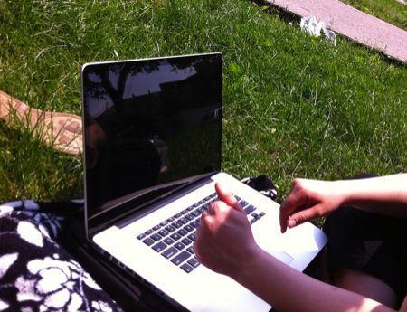 Sicurezza estate 2012, computer sicuri e protetti anche in vacanza
