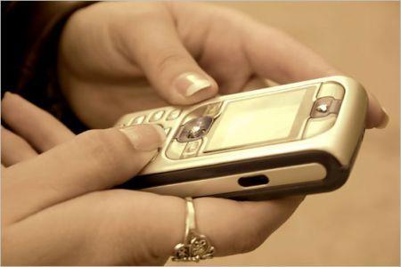 SMS: uno studio svela gli effetti collaterali per chi ne invia troppi