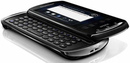 Sony Ericsson Xperia Pro, smartphone con tastiera QWERTY e software professionale