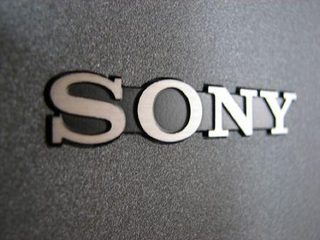 Sony sfida la Apple TV di Steve Jobs, mentre Logitech fa paura a Google