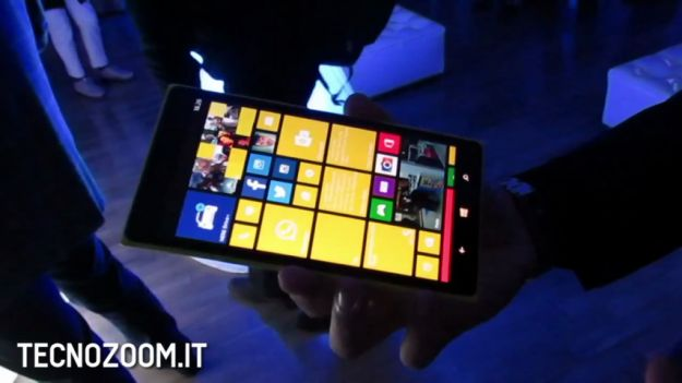 Nokia Lumia 1520 Mini in uscita a breve? [VIDEO]