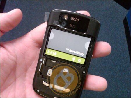 BlackBerry Bold 9650: Ecco le prime foto e indiscrezioni