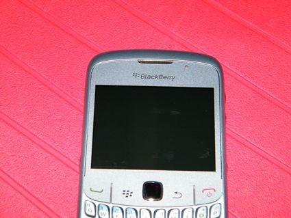 blackberry_8520_10