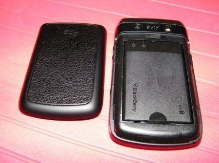 BlackBerry Bold 9700_9