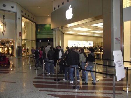 iPhone 4S LIVE dall'Apple Store di Carugate
